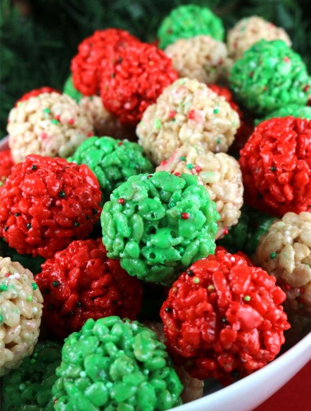 Try Christmas rice crispy treat bites. Impress your kids with these crispy rice bites. DIY Christmas recipes
