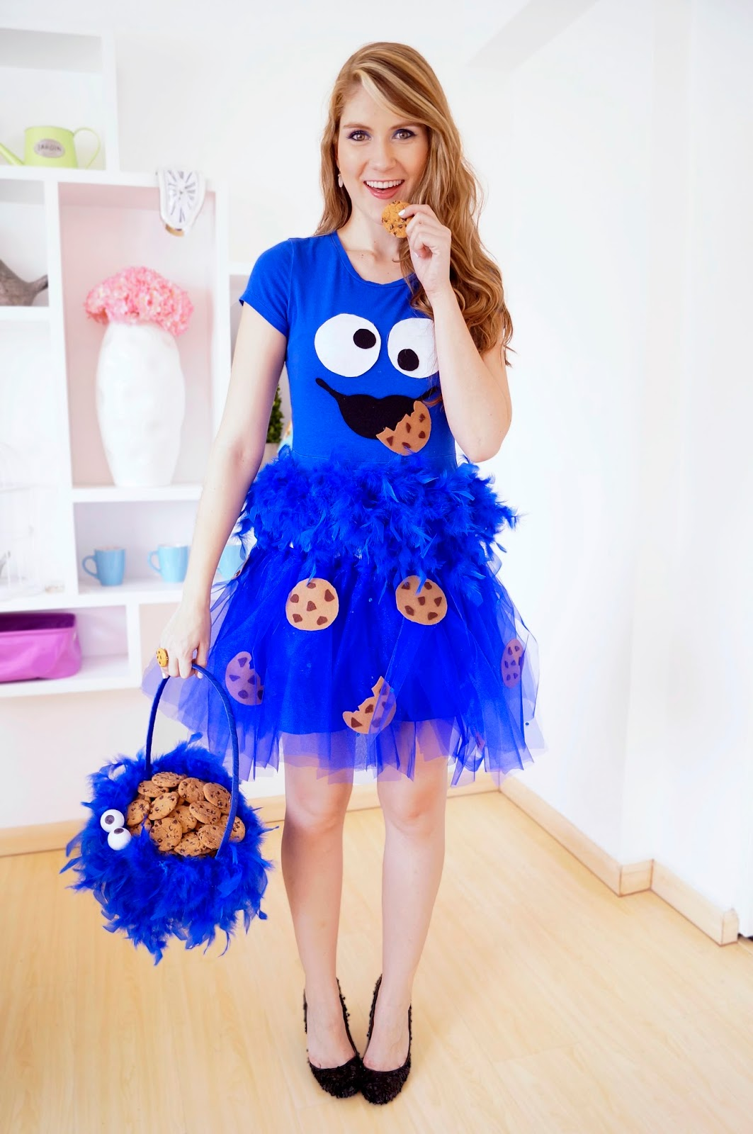 12 Cute Homemade Halloween costume for women. Cute Halloween Cookie Monster Costume for girls.  sc 1 st  Timeshood & 12 Pretty DIY Halloween Costume for Women - Timeshood