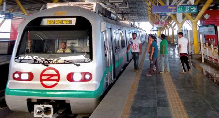 delhi metro, delhi week-end lockdown, delhi lockdown development, weekend lockdown development, delhi metro weekend