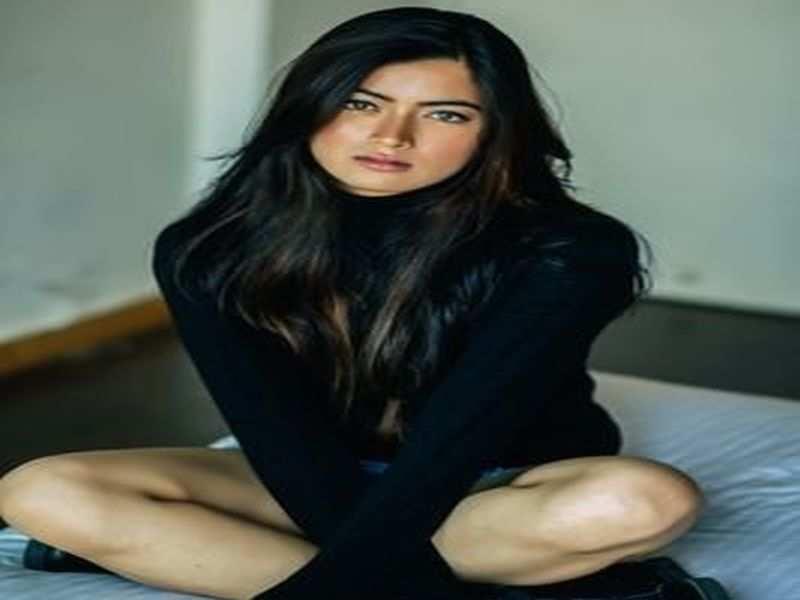 Rashmika Mandanna This Actress Journalism Background