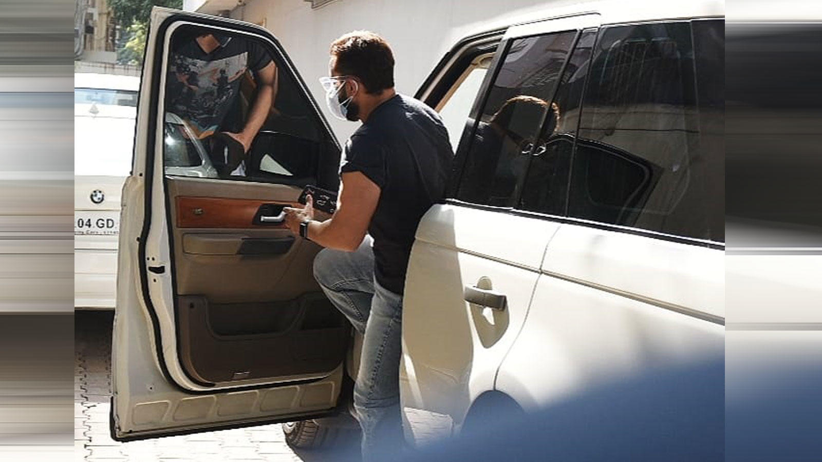 Saif Ali Khan was spotted entering Mahesh Bhatt's office | Hindi Movie News – Bollywood – Times of India