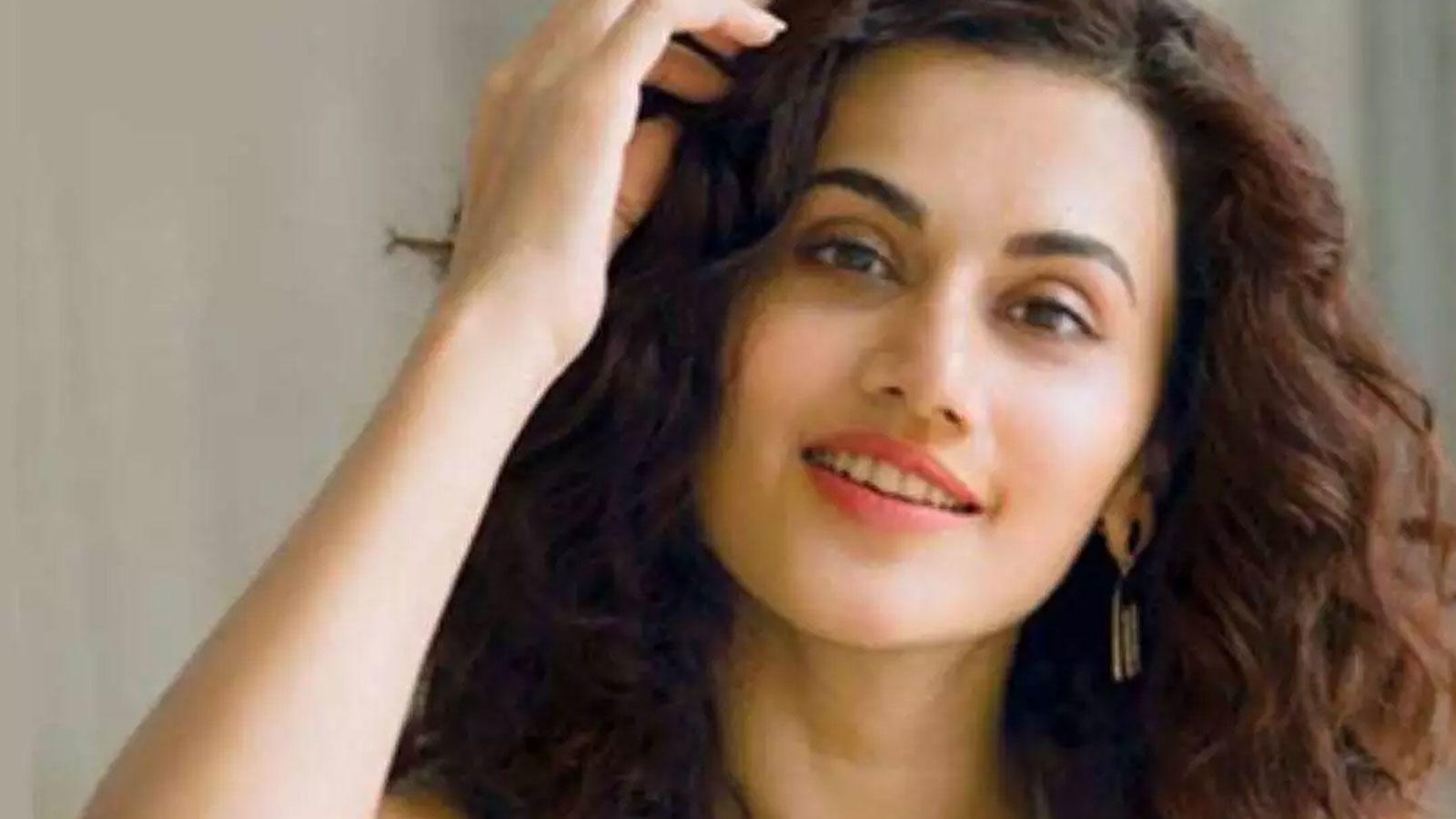 'Don't crowd my timeline with your nonsense': Taapsee Pannu aptly shuts down a troll | Hindi Movie News – Bollywood – Times of India