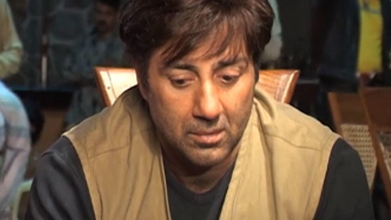 Flashback Video! 0n location shooting of Sunny Deol's 2007 movie 'Kaafila'   Hindi Movie News – Bollywood – Times of India