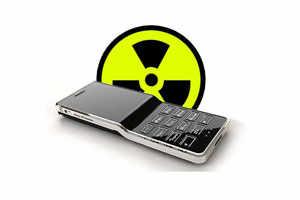 8 easy tips to avoid cellphone radiation