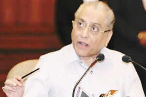 Marginalized in East, Dalmiya fails to curry favour with Srini