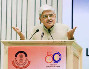 Former Bengal governor Gopalkrishna Gandhi calls CBI 'department of dirty tricks', RIL a parallel state