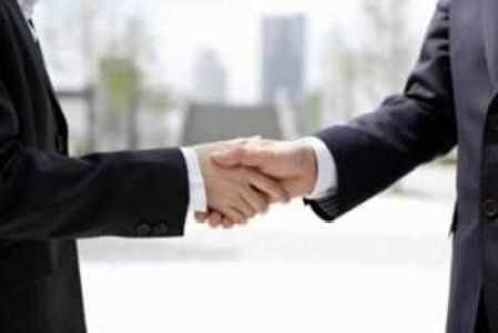 Persistent Systems has signed an agreement with Swiss subsidiary of Citrix Systems to acquire the Citrix CloudPlatform and CloudPortal Business Manager product lines in an asset purchase transaction.