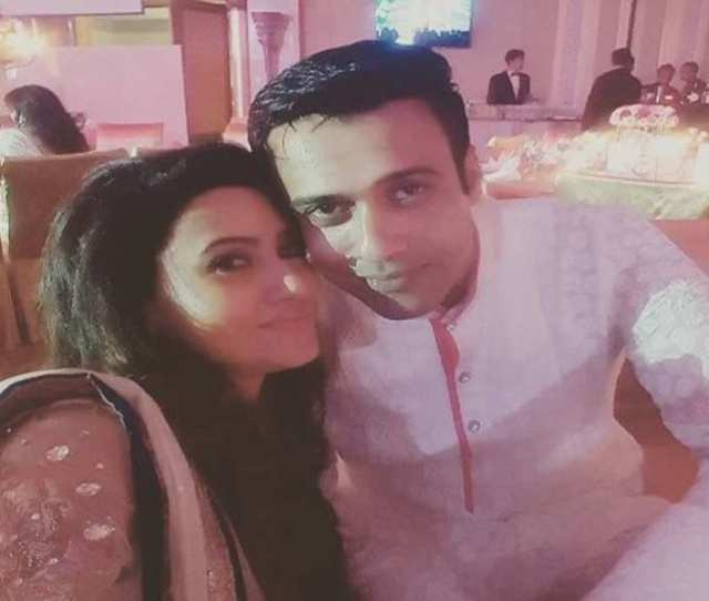 Nigaar Khan Wishes Husband 1 Year Of Togetherness In An Adorable Way
