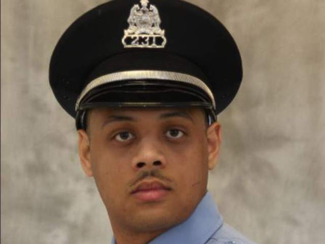 Tamarris L Bohannon: St Louis officer dies after being shot in head by  gunman | World News - Times of India