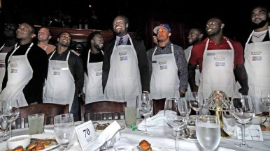 Melvin Ingram and about a dozen fellow Chargers assisted in raising money for the Mission Possible Foundation.