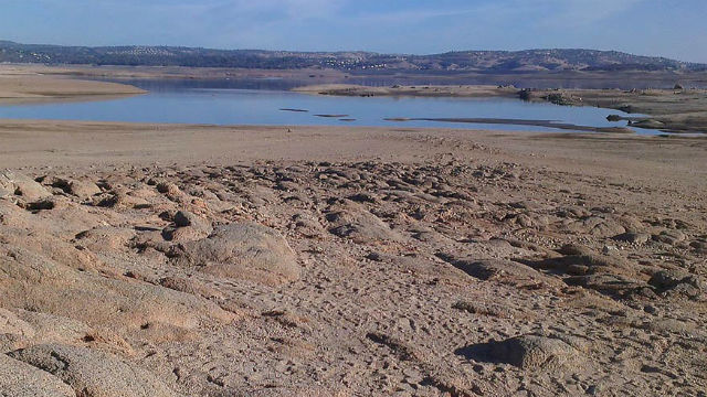 Folsom Lake Reservoir in 2014