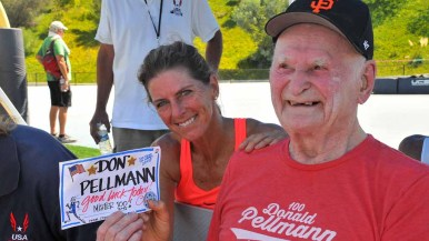 Fellow world record holder Joy Upshaw gives Pellmann a good luck message. Photo by Chris Stone