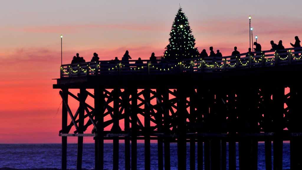 Christmas tree on Crystal Pier