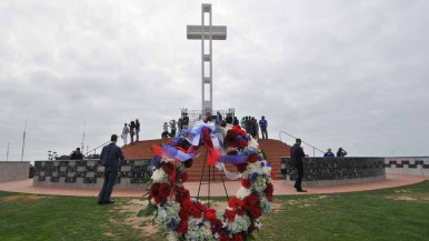 A wreath was placed at the Mt. Soledad National Veterans Memorial. Photo by Chris Stone