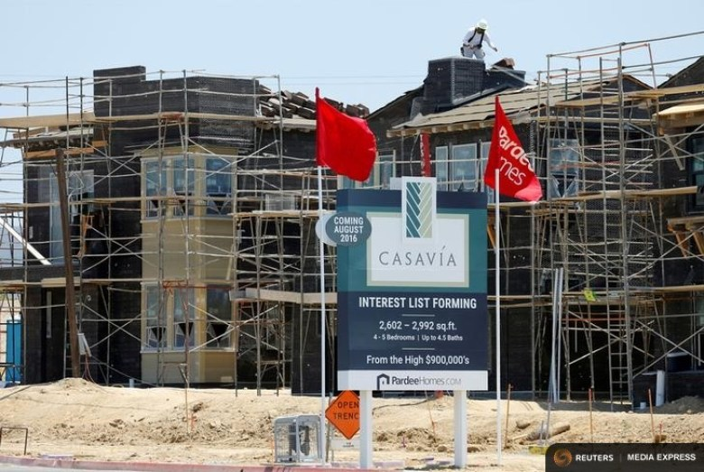 Single family homes under construction by Pardee Homes in San Diego.
