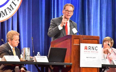 Jeff Kent of Washington state speaks after being elected chairman of the Rules Committee through 2020. Photo by Ken Stone