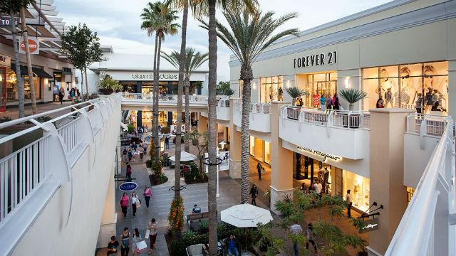 Fashion Valley mall