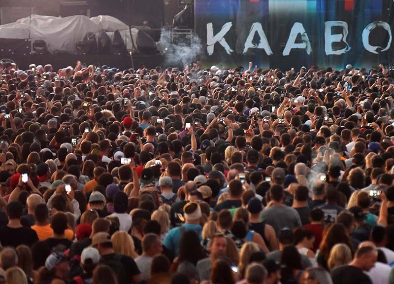 Tens of thousands of people gather in front of the Sunset Cliffs stage at KAABOO Del Mar.