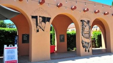 Artist Hugo Crosthwaite's initial murals at Barrack 14 portrayed Hispanic families.