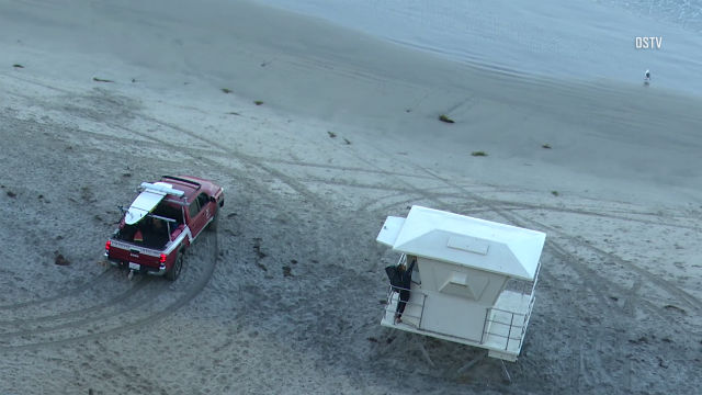 Encinitas lifeguard enters tower