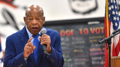 """Rep. John Lewis encourages young audience to """"vote like we've never voted before."""""""