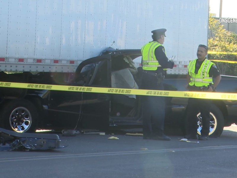 San Diego Pursuit ends in crash in Otay Mesa