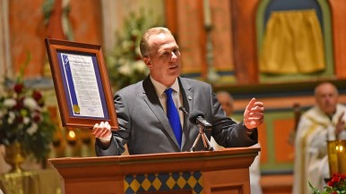 San Diego Mayor Kevin Falconer spoke to attendees and delivered a city proclamation for the mission.