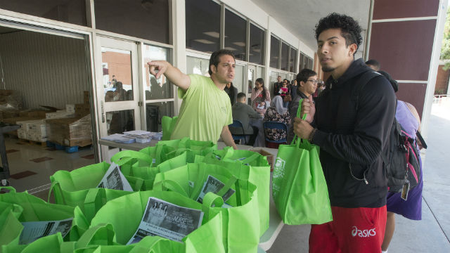 Free food for community college students