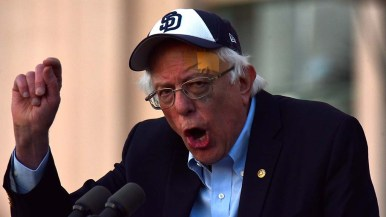 Sen. Bernie Sanders' black eye and bump following a recent fall were evident at his appearance in San Diego.