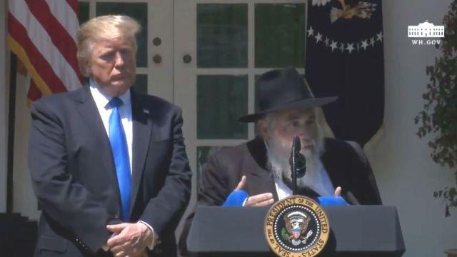 Rabbi Yisroel Goldstein with President Trump