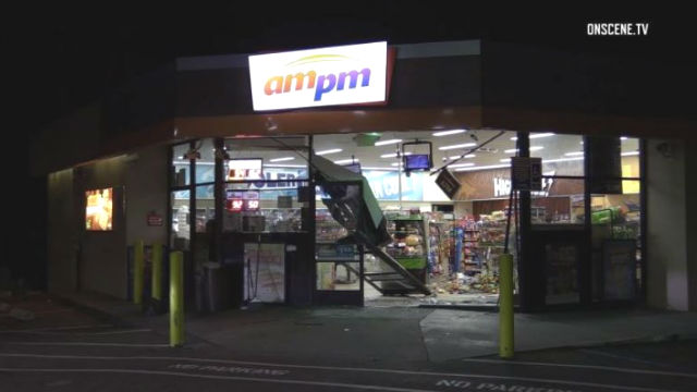Damaged AM/PM store in La Mesa