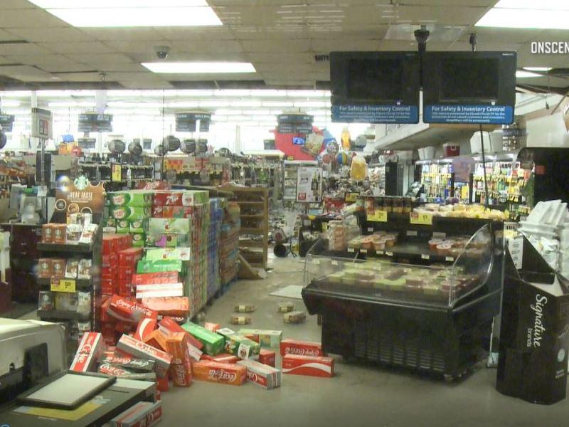 Damage at Albertsons in Ridgecrest