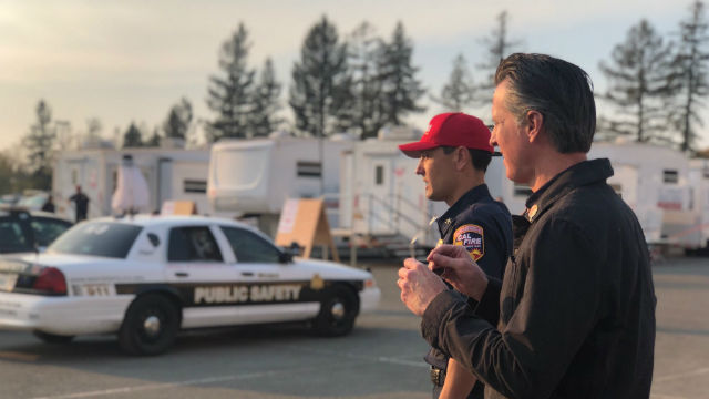 Gov. Newsom visits a base camp for the Kincaid Fire
