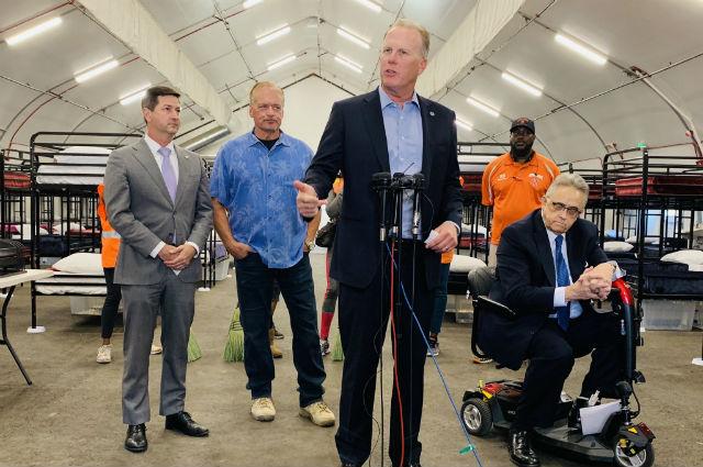 Mayor speaks at opening of bridge shelter