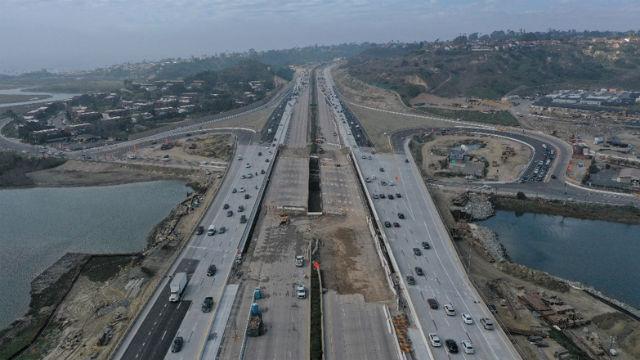 Aerial view of I-5 bridge construction
