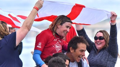 Melissa Reid of England celebrates with compatriots after winning the visually impaired division.