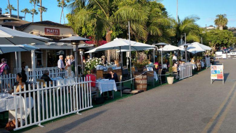 Outdoor seating in La Jolla Shores