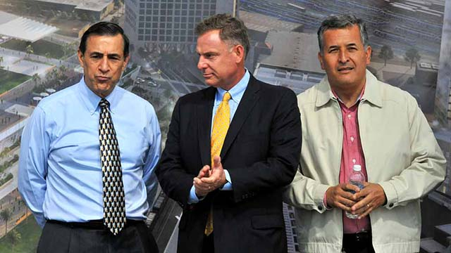 Darrell Issa (left) hopes to rejoin Reps. Scott Peters and Juan Vargas (shown at 2016 event) in Congress.