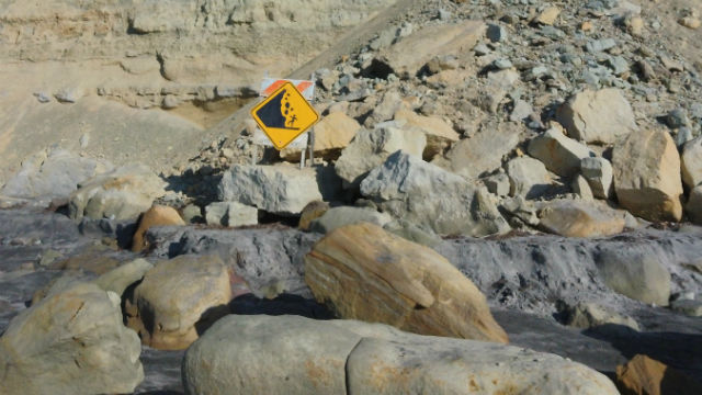 Bluff collapse at Torrey Pines State Beach