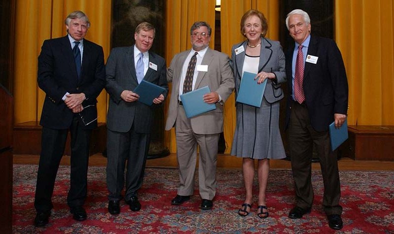 Columbia University President Lee C. Bollinger (left), a member of the Pulitzer Prize Board presented 2006 prize to (left to right) George Condon Jr., Marcus Stern, U-T Editor Karin Winner and Jerry Kammer.