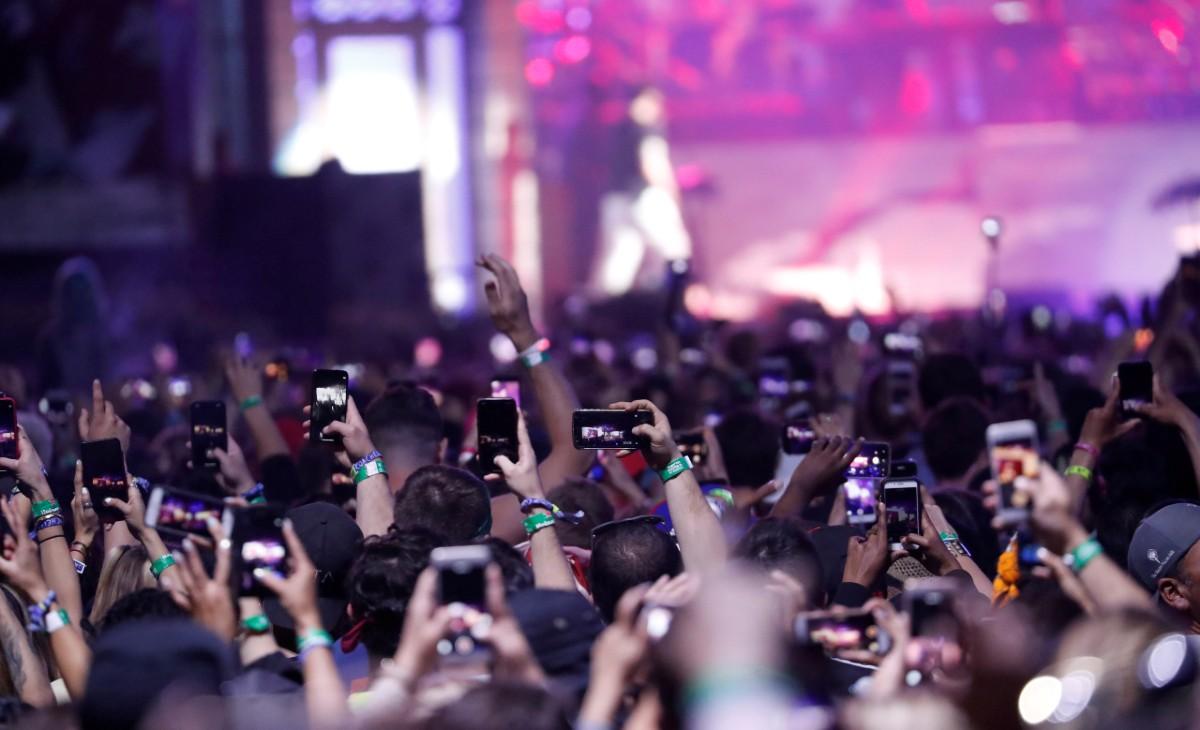 Eminem performs at Coachella in2018