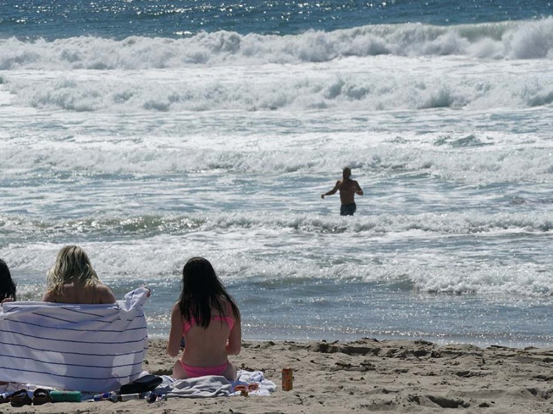 Beachgoers enjoy warmth and sea breezes almost year round in Pacific Beach