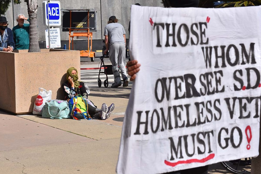 Homeless people where among those who attended an interfaith memorial service for three homeless men who were killed in an auto accident.