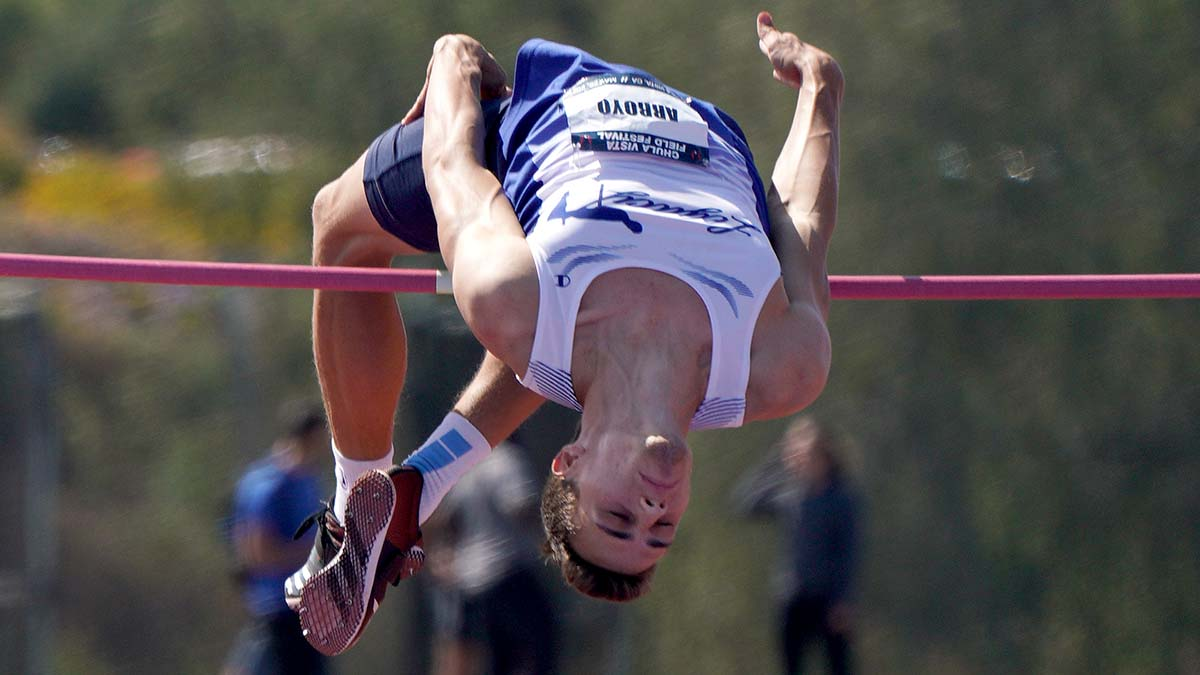 Tyler Arroyo clears the bar to advance. Photo by Chris Stone