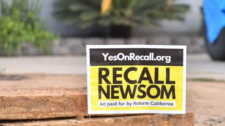 recall Newsom sign. Photo by Chris Stone