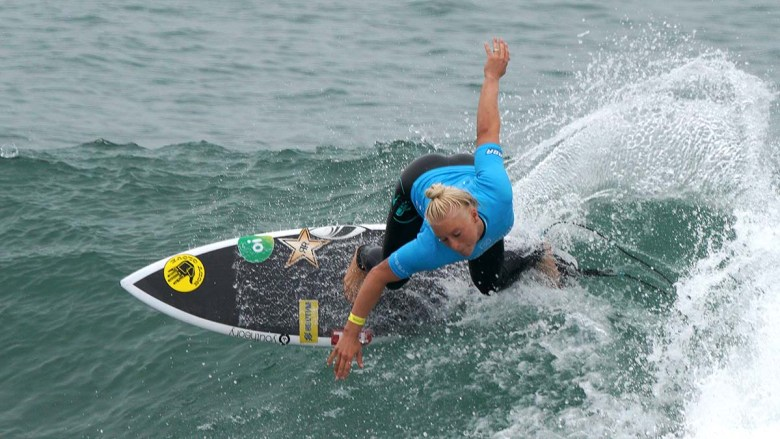 Olympian Tatiana Weston-Webb competed in the fourth round for Super Girl Surf Pro. Photo by Chris Stone