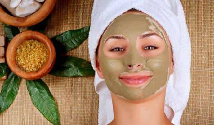 How do you make homemade face bleach?