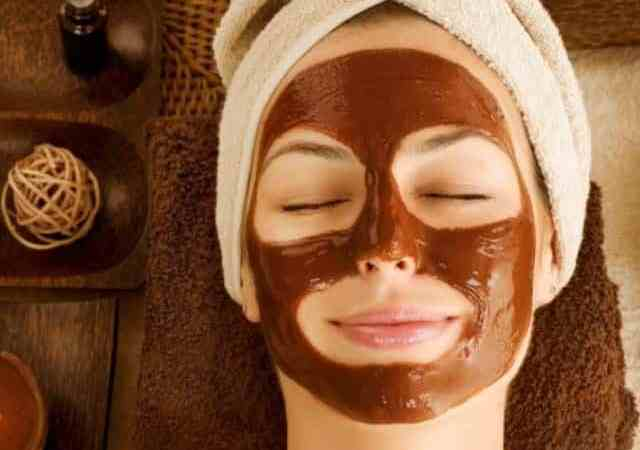 Does coffee grounds help with blackheads?