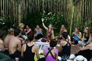 Vasumi Teaching bali spirit 2011