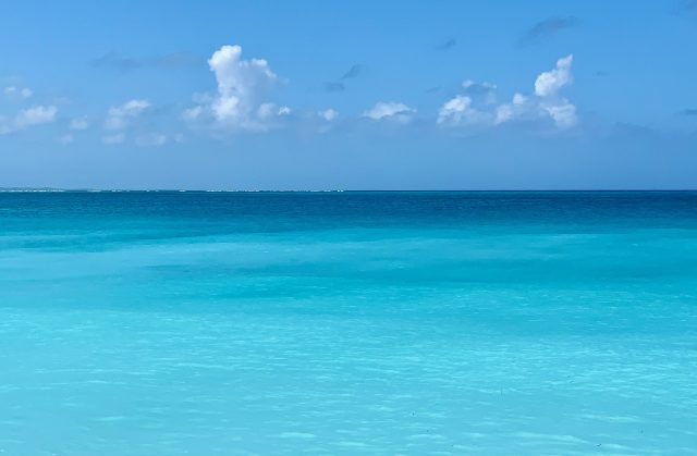 Blue water at Grace Bay